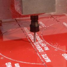 Deep engraving into industrial laminate plates